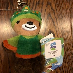 NWT 2010 Vancouver Olympics Sumi Keychain